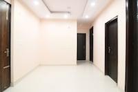OYO 49097 Comfort Palace Saver