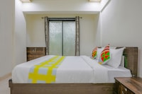 OYO Home 49099 Peaceful Studio Redwing New Panvel