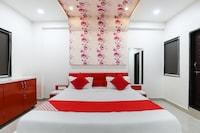 OYO 49106 Hotel Sarthi