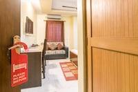 OYO 4841 Hotel Abhishek Regency