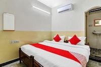 OYO 49125 Suraj Residency