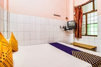 SPOT ON 49150 Abhay Hotel