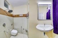 OYO 49167 Uv Residency Deluxe