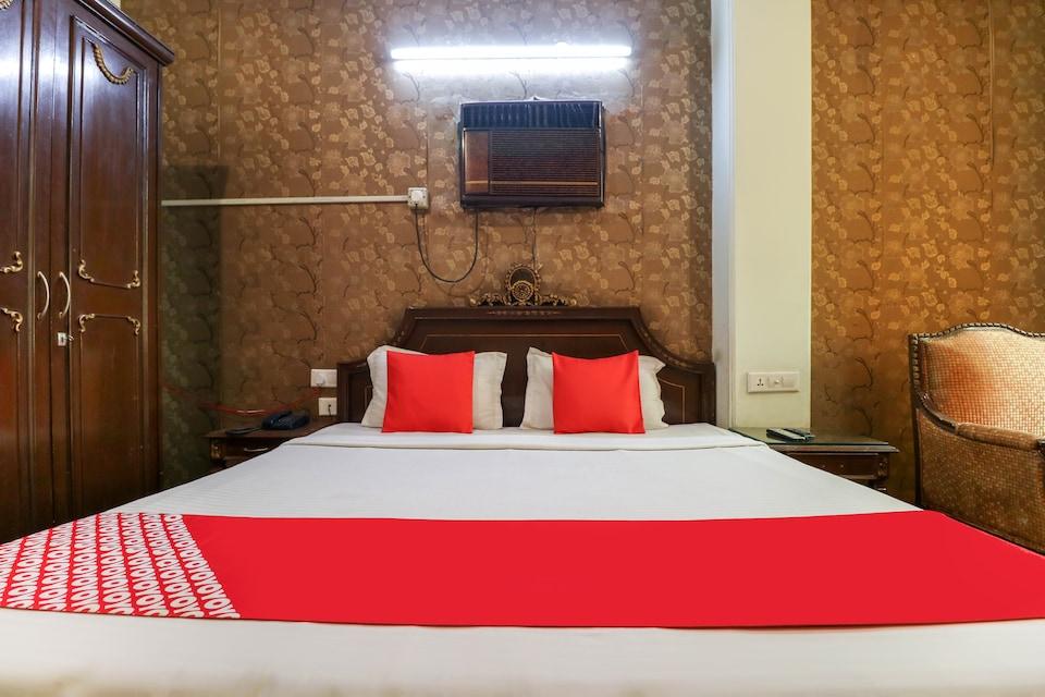 OYO 49246 Hotel Hallmark Regency