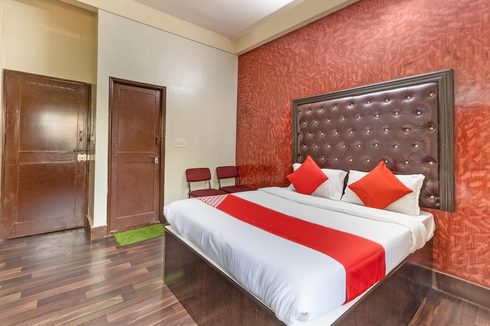 OYO 49249 Pavithraa Deluxe Suites, Yeshwantupur Bangalore, Bangalore