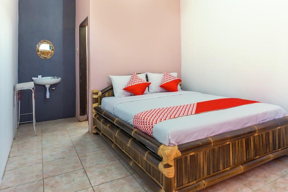 OYO 1449 Cahaya Guest House, Pangandaran, Pangandaran