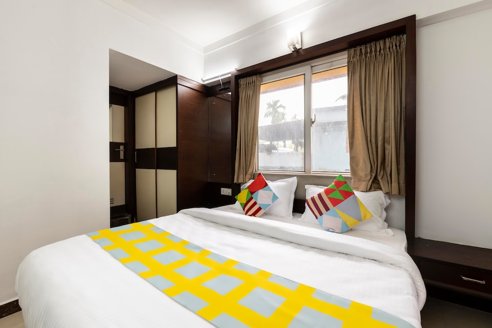 OYO 49314 Elegant Stay Near Airport