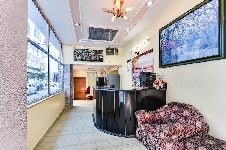 SPOT ON 49335 Hotel Alwin -1