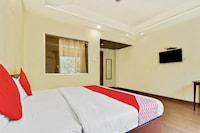 OYO 49336 Hotel Abhineet
