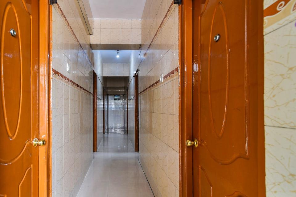 SPOT ON 49347 Jayalakshmi Residency Lodge