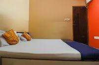 SPOT ON 49367 R K Residency