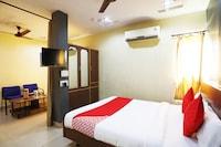 OYO 49378 Hotel Om Palace