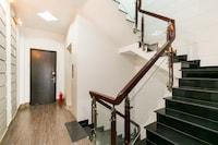 OYO 321 393 Hostel