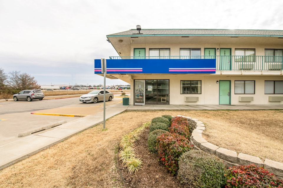 OYO Hotel Tulsa Route 66 West