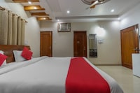 OYO 49459 Shourya Paying Guest House