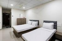 SPOT ON 49464 Hotel Raj Khodal
