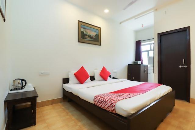 OYO 49568 Vrindavan Guest House