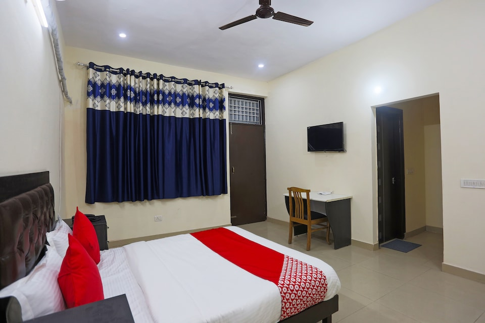 OYO 49579 Tulip Guest House