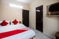 OYO 49604 Narayana Hotel