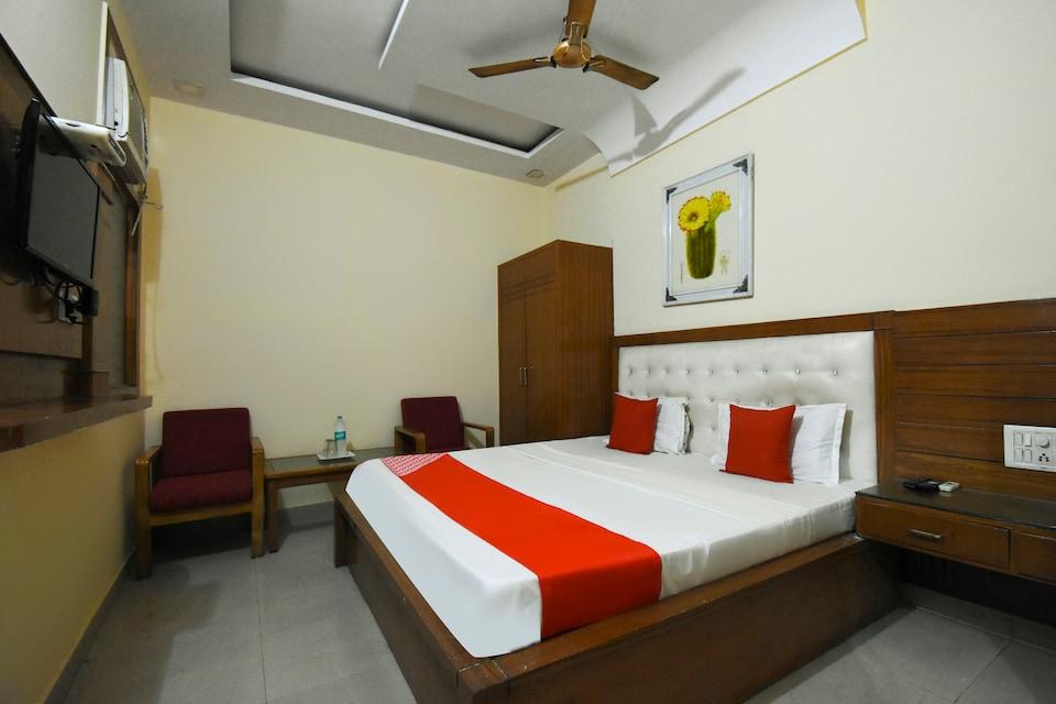 OYO 49638 Hotel City Star