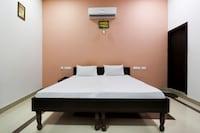SPOT ON 49668 Hotel Shivaay SPOT