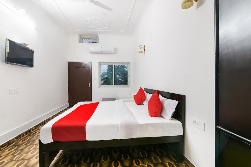 OYO 49707 Hotel Kavyanjali, Faizabad city, Ayodhya