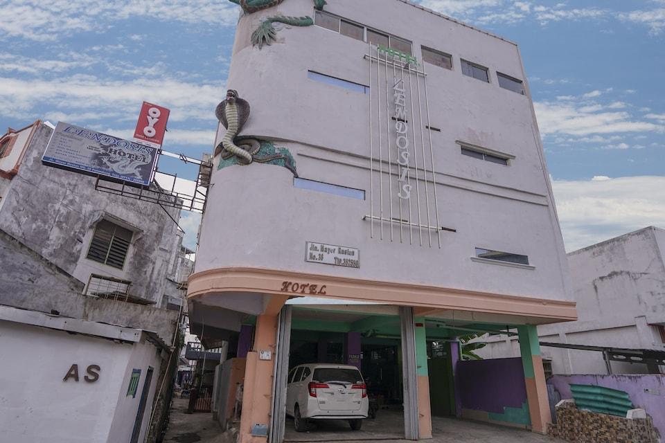 OYO 1495 Hotel Lendosis, Palembang Kota, Palembang