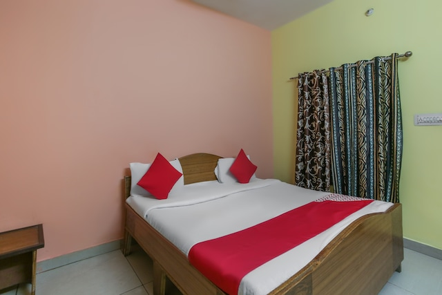 OYO 49725 Om Guest House