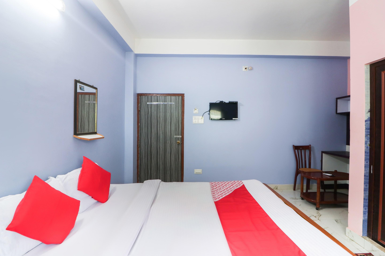 OYO 49743 Hotel Akankha