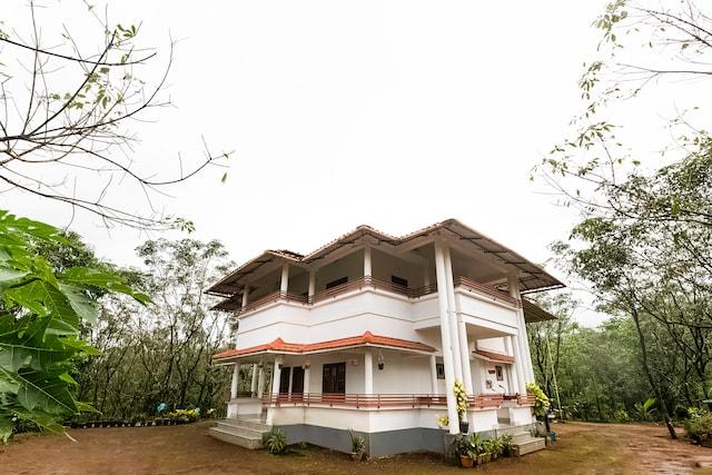 OYO Home 49751 Serene Stay Golden Hillview Homestay