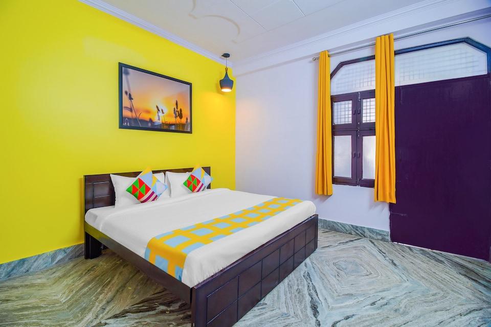 OYO Home 49776 Spacious Stay PVR Vikaspuri