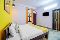 OYO Home 49776 Spacious Stay PVR Vikaspuri