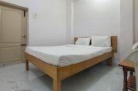 SPOT ON 49782 Gj Residency SPOT