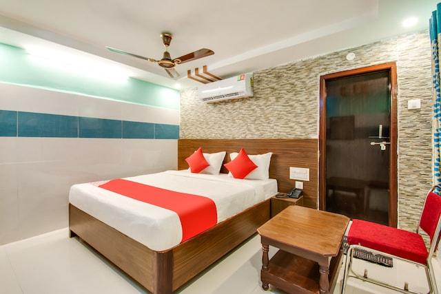 OYO 49817 Hotel Sri Grand