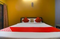 OYO 49835 Hotel Shubham