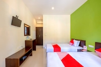 OYO 1508 Mascot Beach Hotel