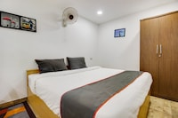Collection O 49874 Plaza Inn