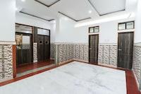 OYO 49879 Hotel Ashirwad