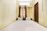 SPOT ON 49886 Hotel Ratan SPOT