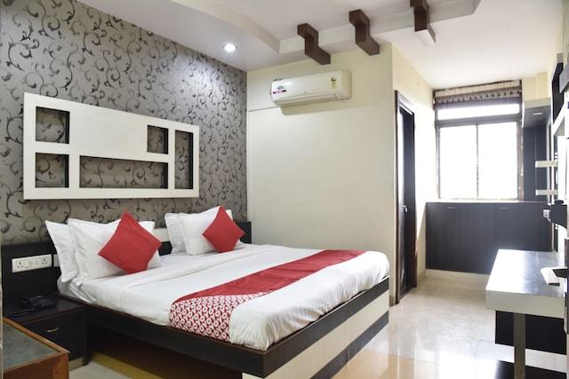 OYO 49896 Hotel IC Inn