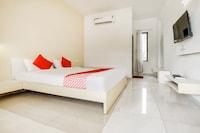 OYO 49912 Hotel Nh8
