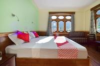 OYO 49952 Hotel Snow Leopard