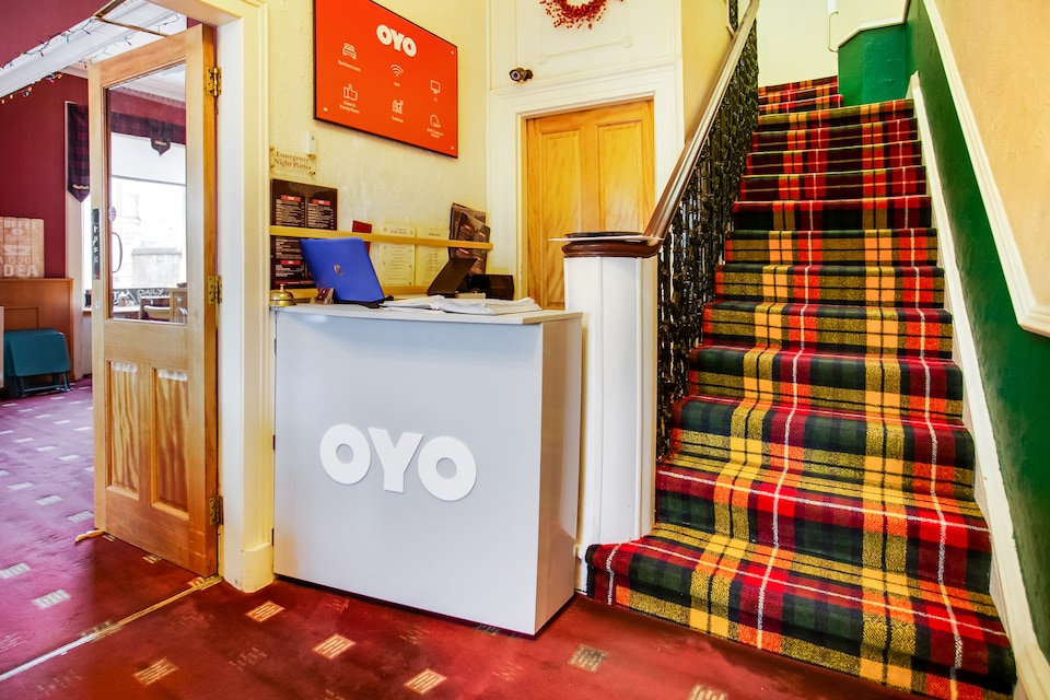 OYO Glenpark Hotel
