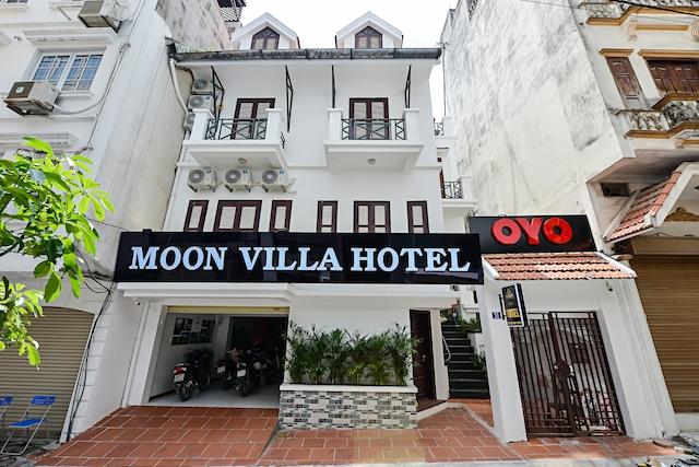 OYO 332 Moon Villa