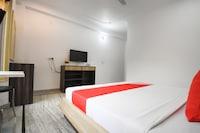 OYO 49979 Hotel Tanwar