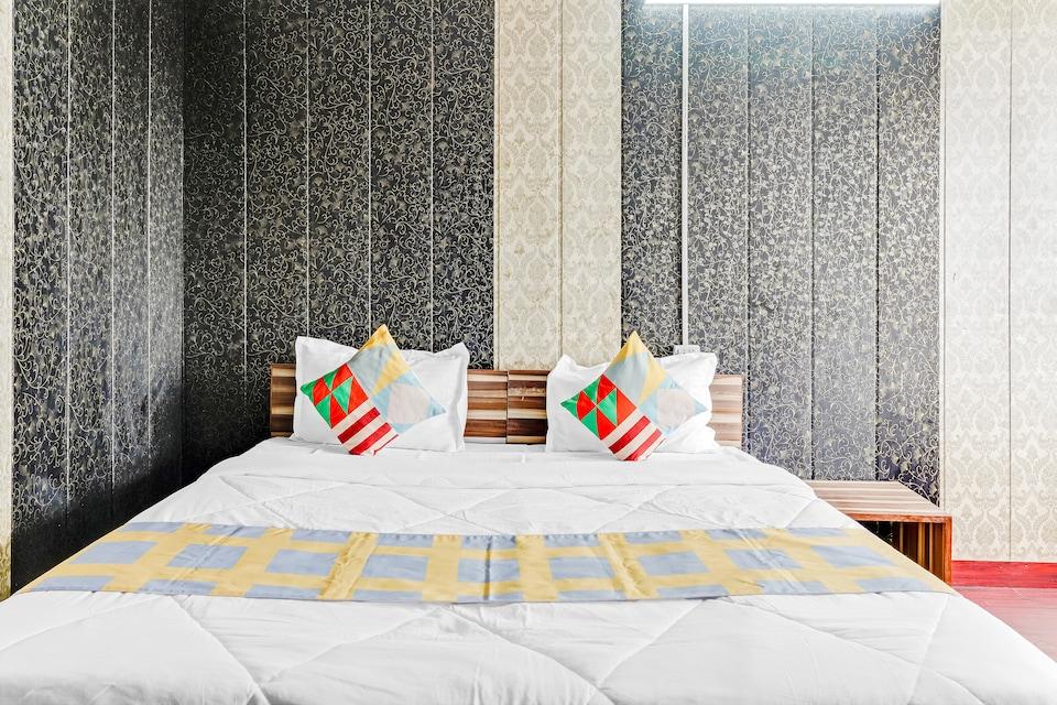 OYO Home 49988 Restful Stay Dehradun