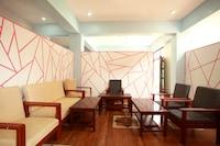 OYO 590 Hotel Star Purwi