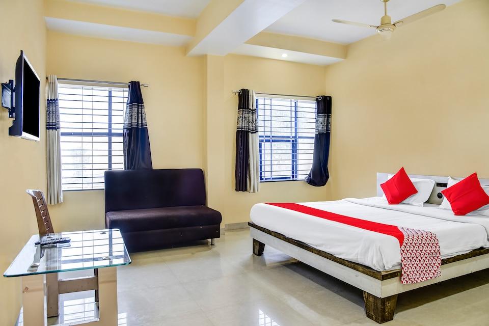 OYO 49998 Hotel Shree Mohan
