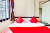 OYO 60015 Hotel Saee Residency