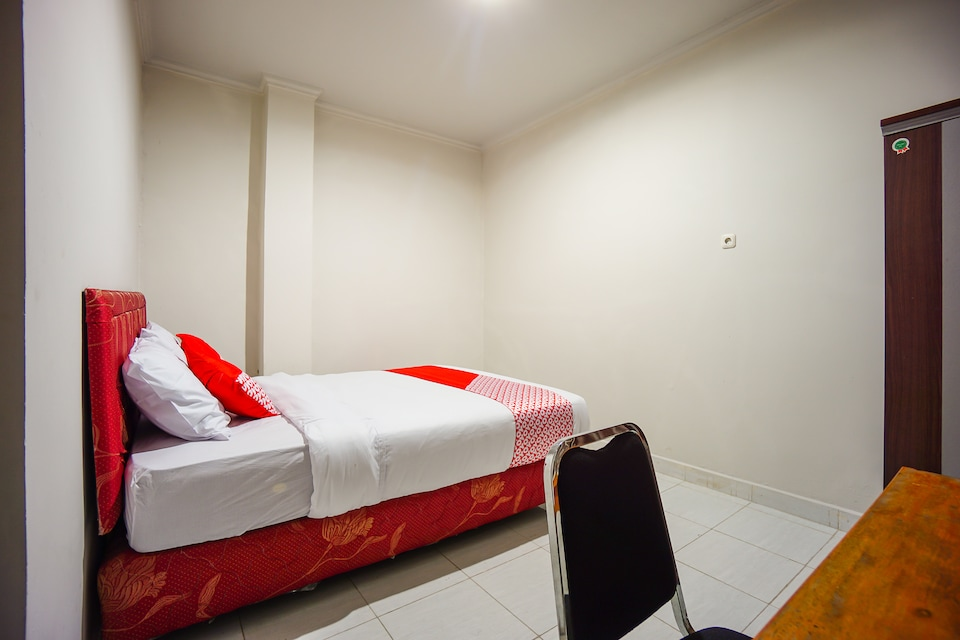 OYO 1545 Bs Residence